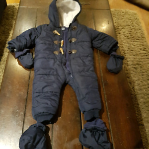 One Piece Snowsuit with Mitts & Booties 12-18m Navy- Like New!