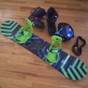 Boys Snowboard Package