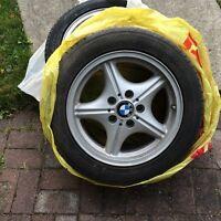 Pneus d'hiver Nissan sentra, BMW 3 Serie, Suzuki Grand Vitara