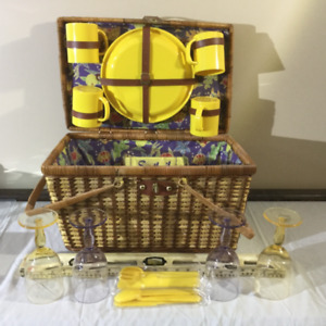 Wicker Picnic Basket including dishes/utensils