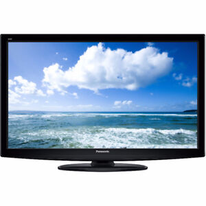 32'' Panasonic LED Flatscreen Television with Stand and Remote