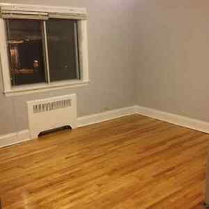 2 Big Rooms in Beautiful 3-bdrm Apartment - Ottawa U