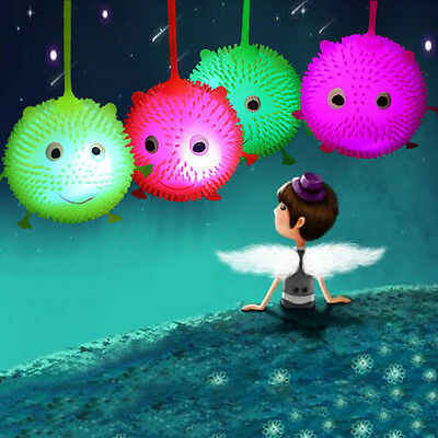 1X Flashing Spiky Bouncing Ball with Rope Smiley Face Hedgehog Ball  Random、Fad
