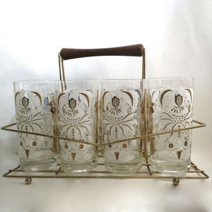Vinage 1950s 8 Glasses & Wire Holder Rack Kitchener / Waterloo Kitchener Area image 1