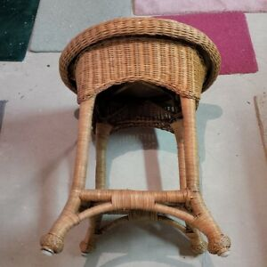 Wicker Table & Chair Kitchener / Waterloo Kitchener Area image 4