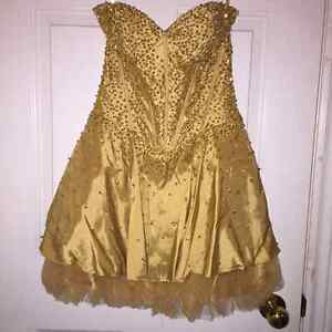 GOLD SPARKLY GRAD DRESS FOR SALE!!