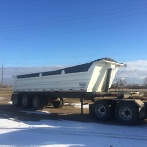 2000 Canuck End dump gravel trailer
