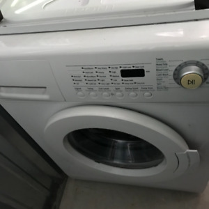 SAMSUNG APARTMENT SIZE WASHER/DRYER STACKABLE