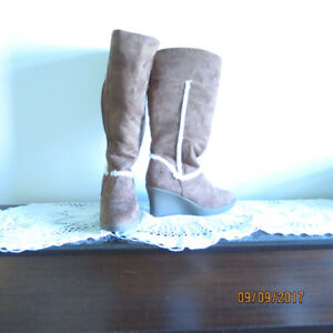 Dawgs Brown Suede Wedge Boots