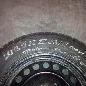 blizzak 235/65R17 108R