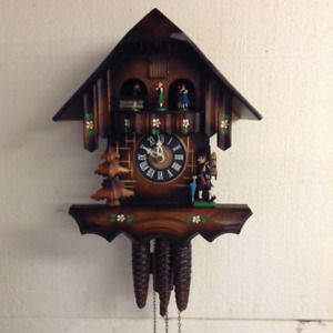 Black Forest Cuckoo Clock Chalet Style 1989