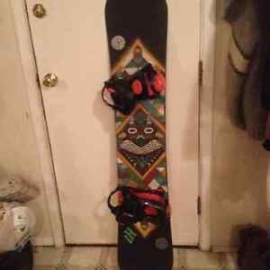 Snowboard and bindings 154cm