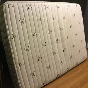 like new double mattress and boxspring free delivery