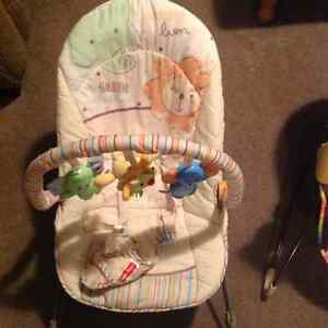 Neutral bouncy seat