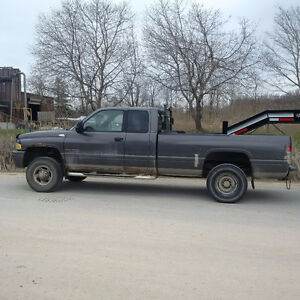 2002 dodge diesel 2500 4x4 up for sale this weekend only $4500