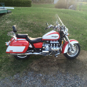 NEW PRICE Mint Honda Valkyrie Tourer