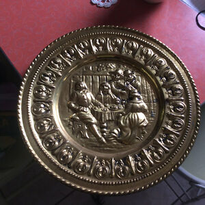 Vintage English wrought and iron hammered brassware charger Kitchener / Waterloo Kitchener Area image 1