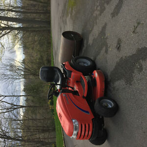 Simplicity Conquest Lawn Tractor Package