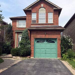 Detached,4 beds,2.5bath, Dundas/8th line