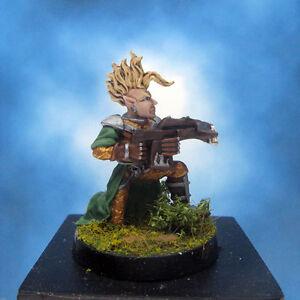 Painted-Ral-Partha-Crucible-Miniature-Elf-Infantry-Archer