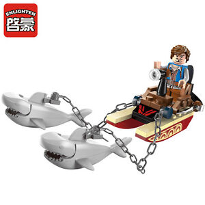 LEGO-COMPATIBLE: PIRATE SHARK BOAT - NEW!!!
