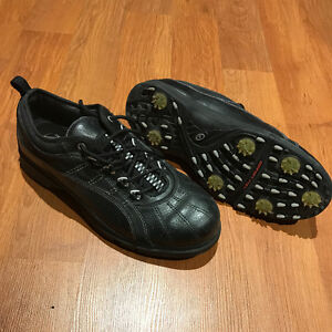 Souliers de golf à crampons imperméables / Golf Cleats