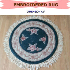 """GOOD QUALITY ROUND EMBROIDERED RUG - DIAMETER 42"""""""