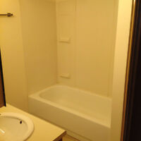 2 Bedroom Apartment. NEWLY RENOVATED!