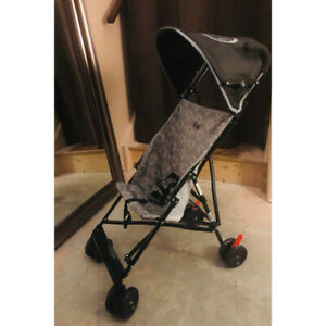 Umbrella Stroller - Like New!