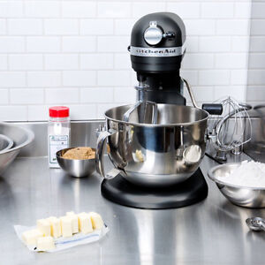 KITCHENAID Pro 600 6 Quart Bowl-Lift Stand Mixer