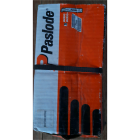 Paslode Box of nails 3X and TWO EXTRA GAS CANISTERS