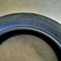 Dunlop 200/55/R-17 used tire