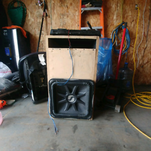 15 inch square kicker and amp