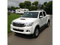 16 16 Toyota Hilux Invincible 3.0 D4D White Auto