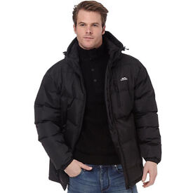 Selling a new Trespass Mens Clip Padded Jacket Black (medium size)