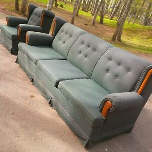Roxton Couch & Chair