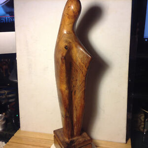 HAND CARVED WOOD RELIGIOUS VIRGIN MARY STATUE SCULPTURE Mid Cent Downtown-West End Greater Vancouver Area image 1