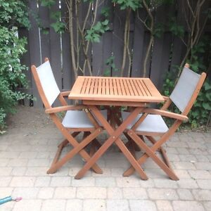 Ensemble patio en bois