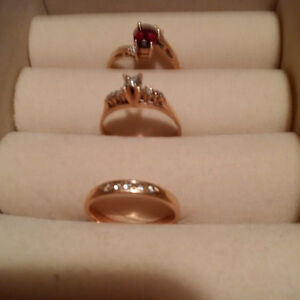 ENGAGEMENT/WEDDING BAND/GARNET-Selling for a great price!