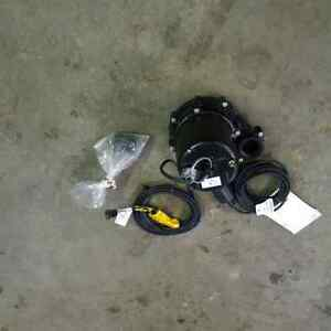 """Brand New 2"""" Submersible Electric Water/Sump Pump"""