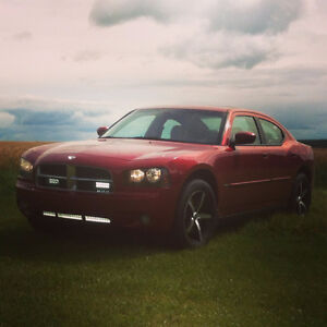 2007 Dodge Charger R/T AWD-Leather Interior, Heated Seats + Mor