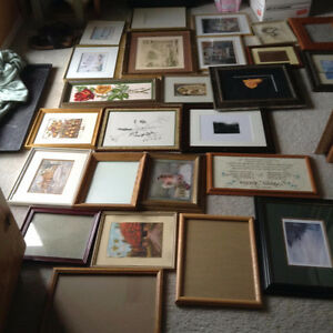 lots of pictures in frames - ready to be looked through!