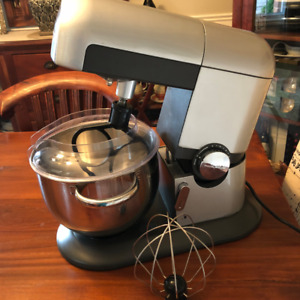 Stainless Steel Stand Mixer - Small Kitchen Appliance