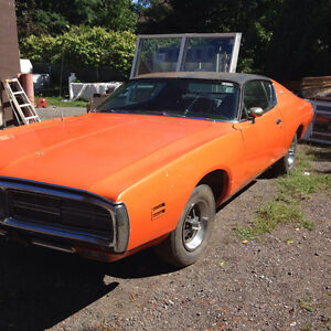 1971 DODGE CHARGER tons of potential