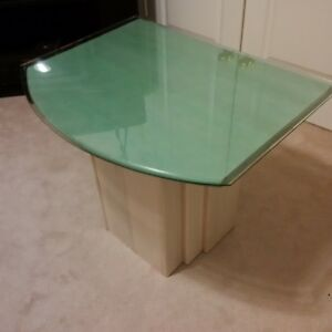 Matching Glass-top End Tables - Great condition! Kitchener / Waterloo Kitchener Area image 2