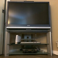 Sony LCD Rear Projection Television :: KDF-E42A10