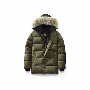 **New/Neuf** Canada Goose Military Green Parka Small/Petit