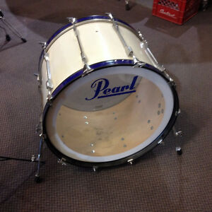 Pearl bass drum 24 export Blanc