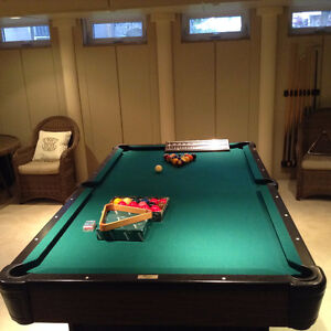 Pool table Weston/ Table de billard Weston