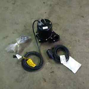 "Brand New 2"" Submersible Electric Water/Sump Pump Kingston Kingston Area image 1"